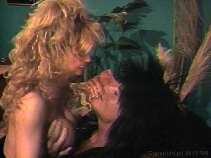 gay-howard-sperm-show