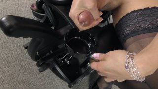 Streaming porn video still #9 from Kelli Lox 8