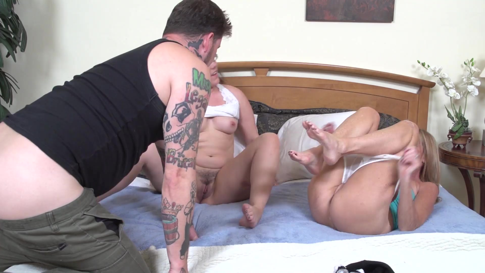 Alison rey tries to trick her not stepmom elexis monroe - 3 part 8