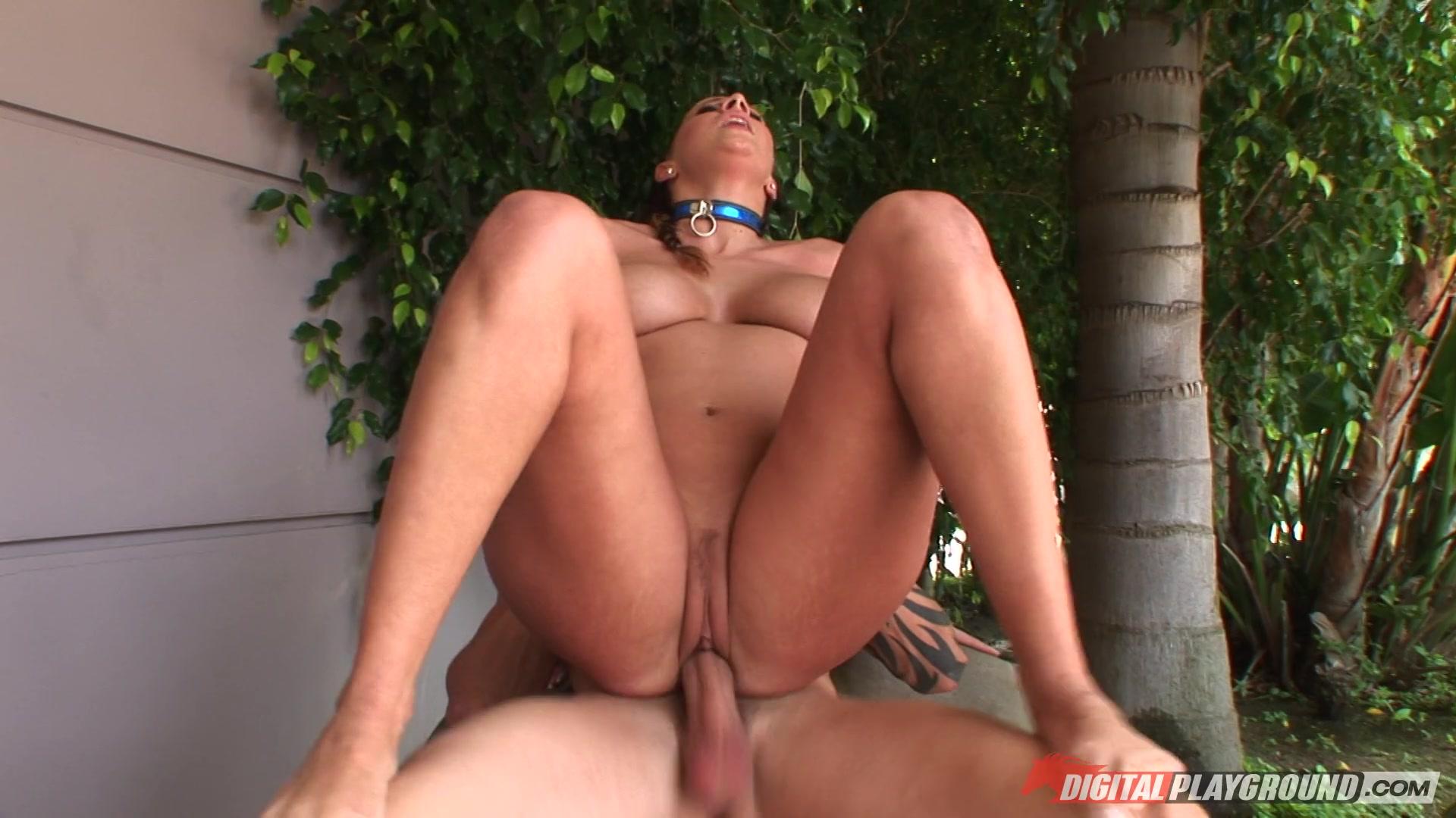 Hot exotic babe wraps her pretty lips around a massive black cock 2