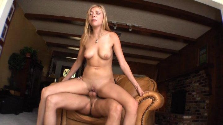 Teagan summers gets fingered and sucks a dick in return 3
