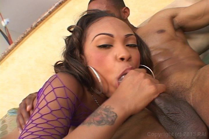 Free Video Preview Image 6 From Big Booty Black Girls 2