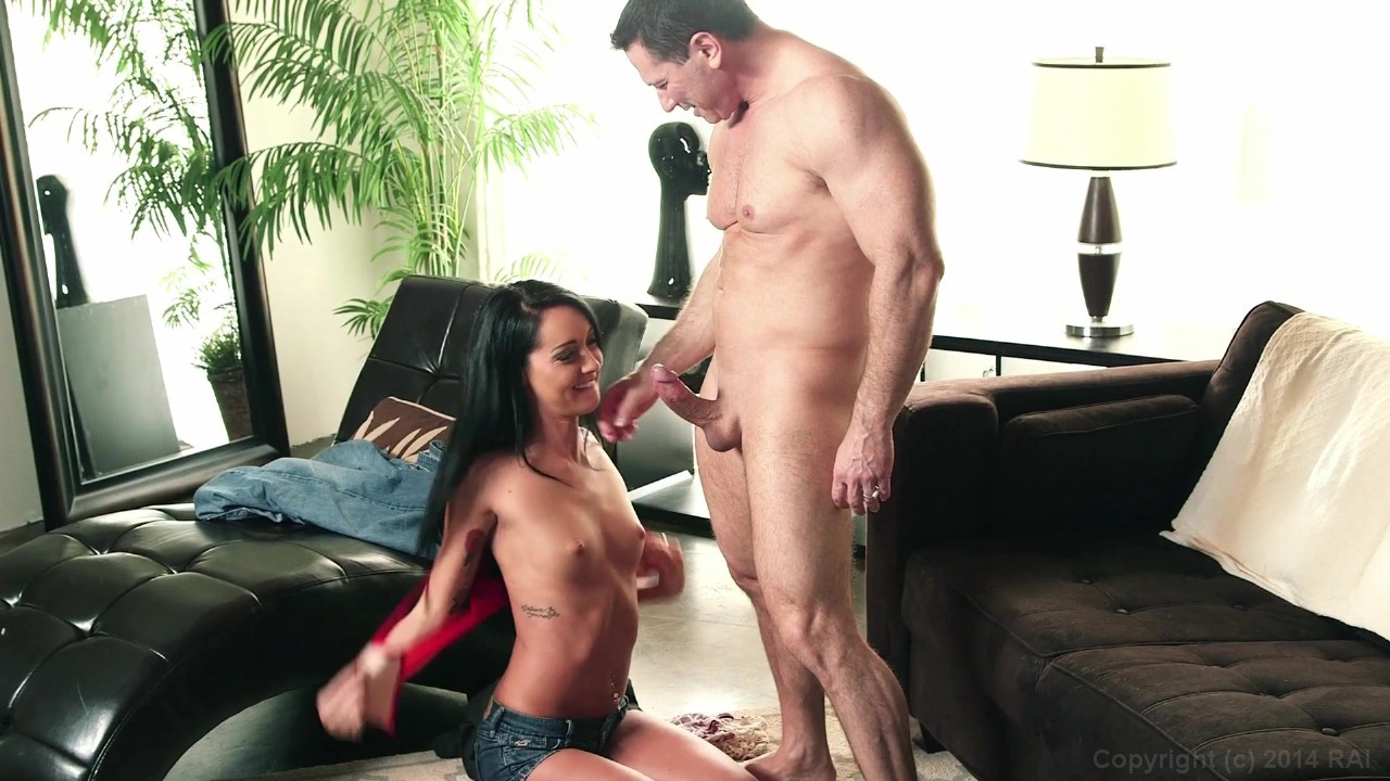 Sabrina Knows How To Please A Penis Free Porn