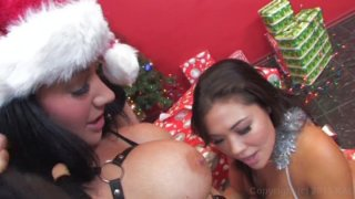 Streaming porn video still #4 from Lick It Slow
