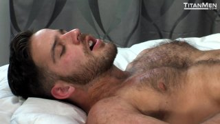 Streaming porn video still #9 from Cum Laude