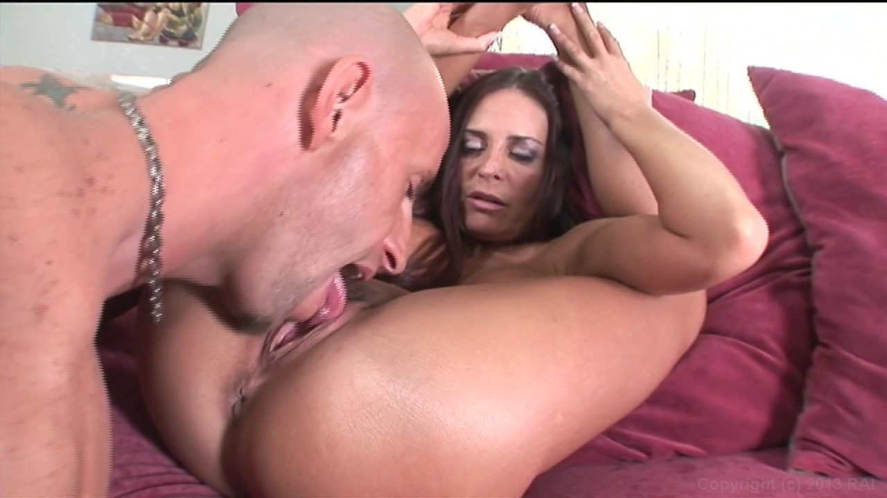 Jane bond meets octopussy lesbian scene - 2 part 2