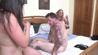Streaming porn video still #9 from Twisted Family Threeways