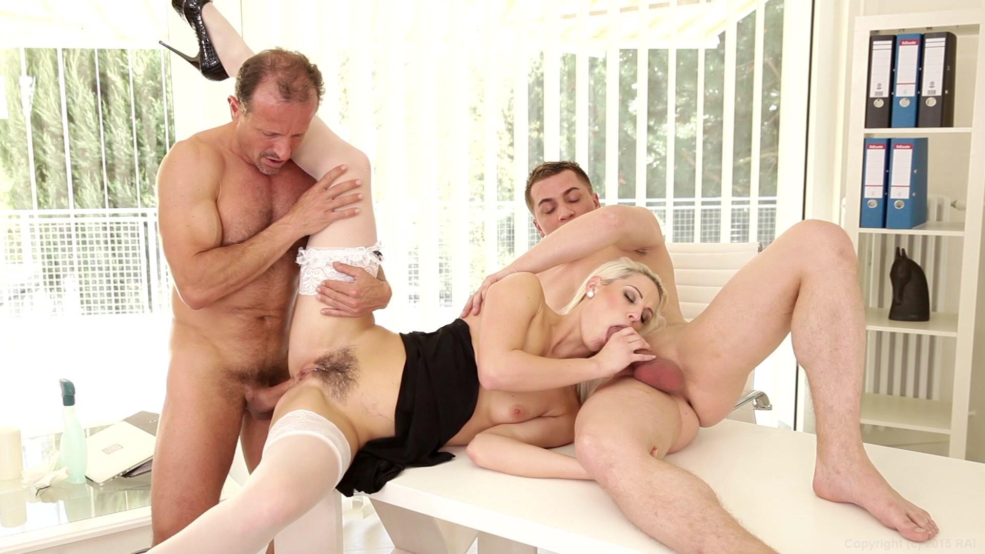 Трах с нянечкой, Няня Сиделка порно видео бесплатно гиг порно 14 фотография