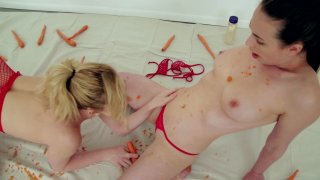 Streaming porn video still #1 from Fetish Fanatic 21: The Extreme Sploshing Edition