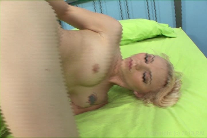 i-want-to-fuck-my-best-friend-old-analsexy