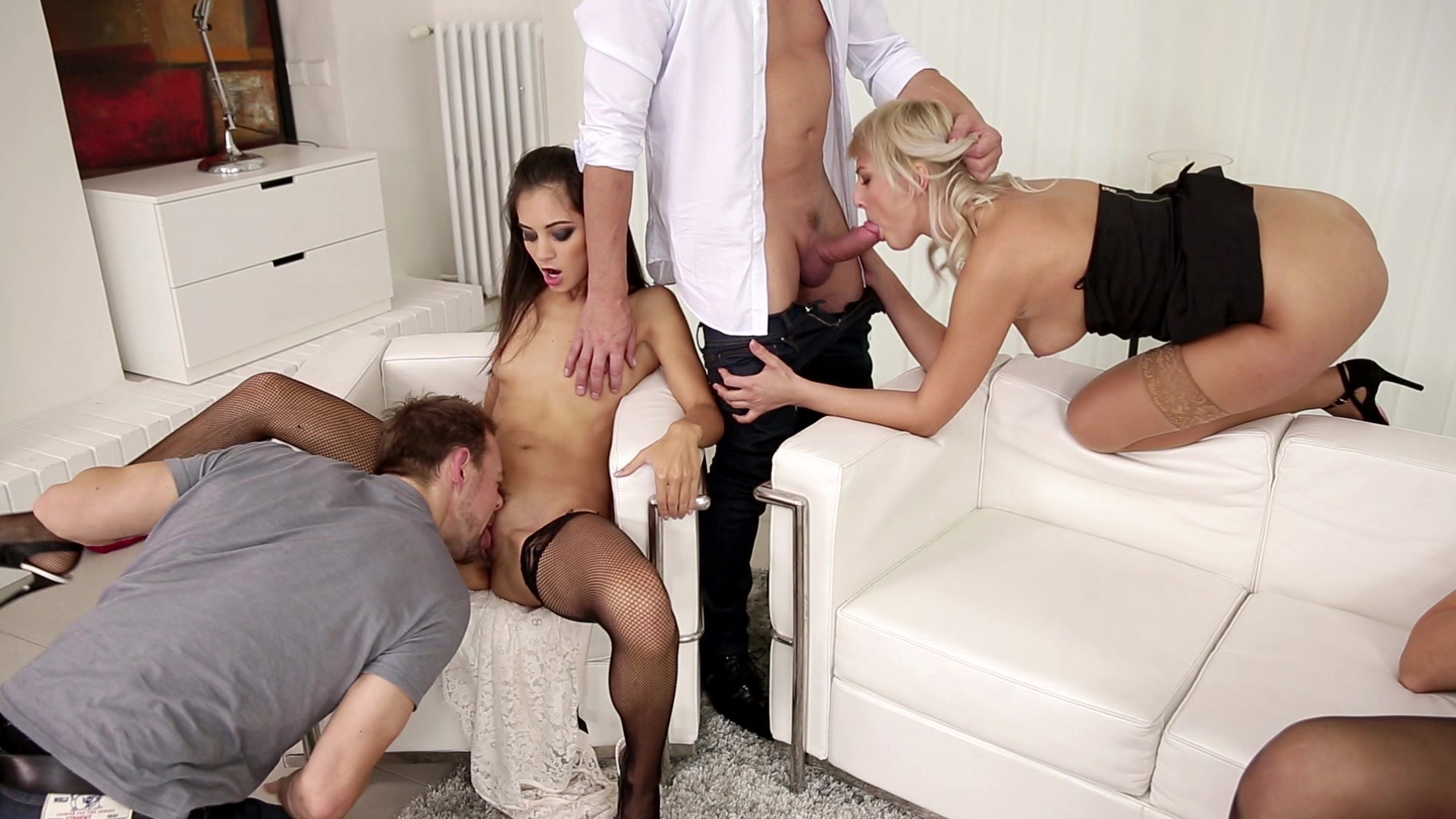 swingers orgie blonde likes big cock