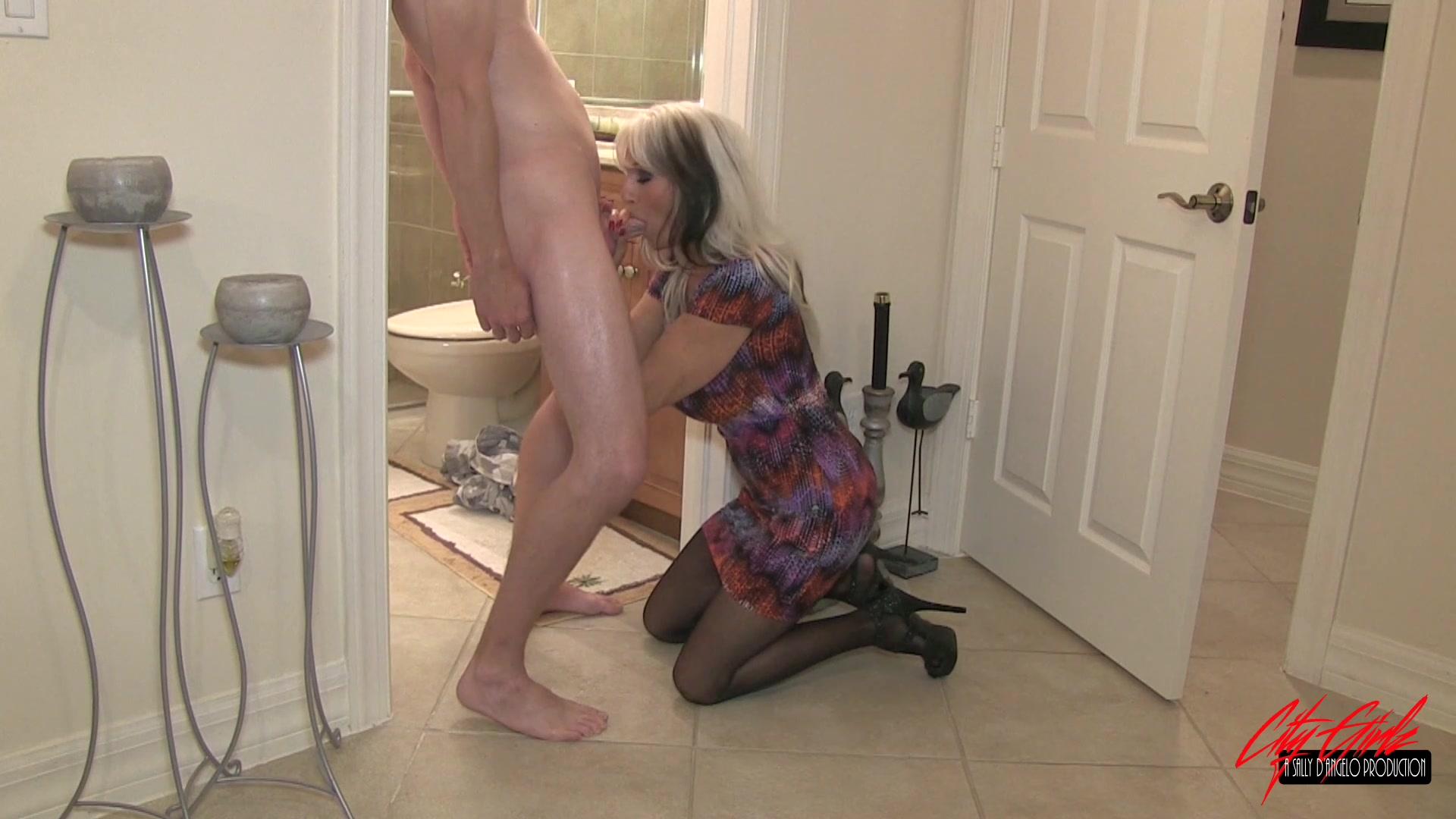 mary kate schellhardt sex