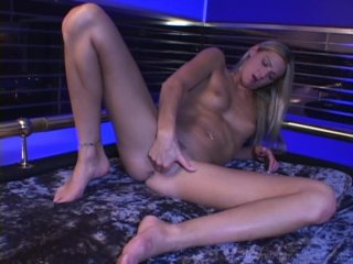 Streaming porn video still #2 from Cream Filling