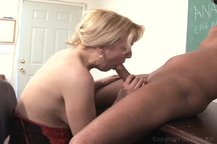 Anal fuck and squirt165