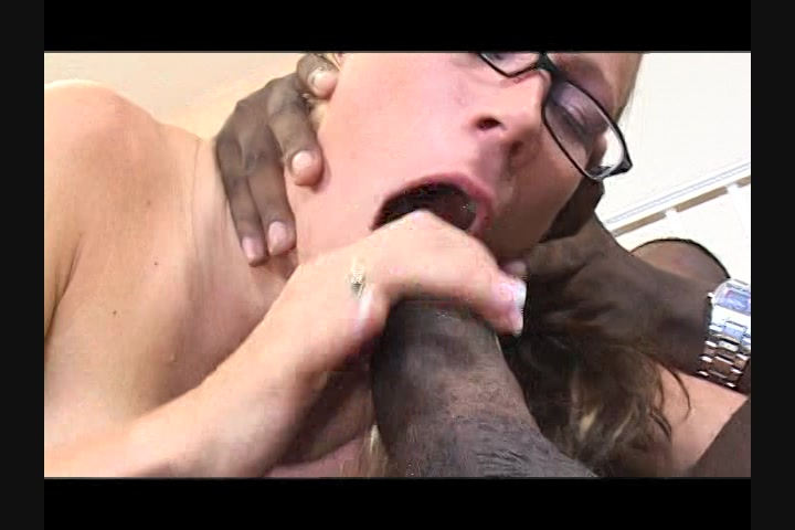 Horny milf bounces on a bbc
