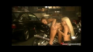 Streaming porn video still #4 from Jesse Jane Erotique