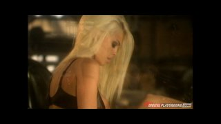 Streaming porn video still #7 from Jesse Jane Erotique