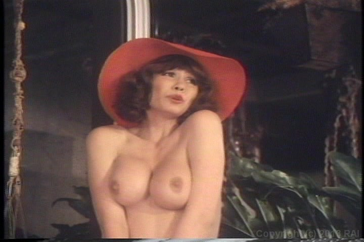 desiree-cousteau-adult-star-ela-v-topless